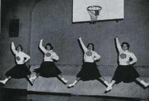 1959-cheerleaders